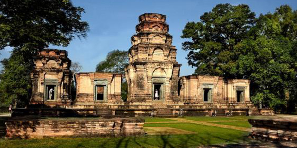 Classical Historical Tour to Angkor Wat Ancient City